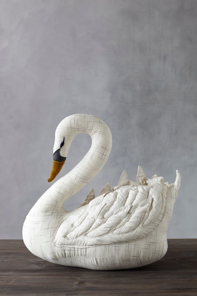 Image of White Swan