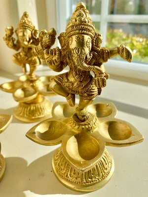 Image of Small Ganesha 5 Deep Lamp