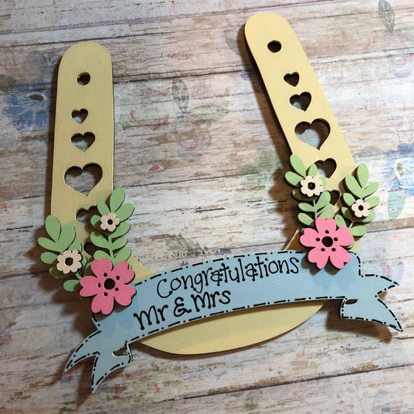 Image of Floral Wedding Horseshoe