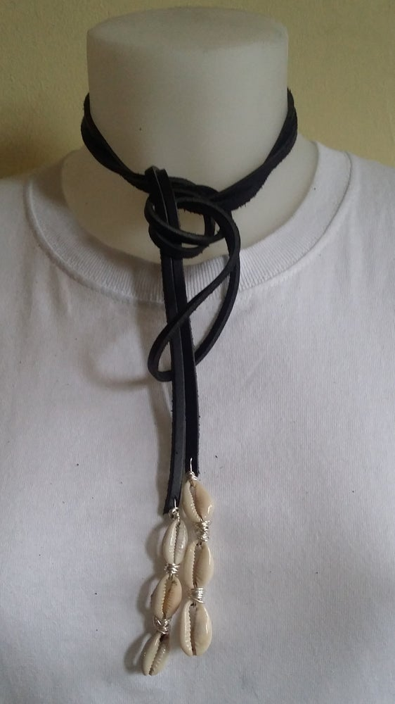 Image of Multi-Wear Leather/Cowrie Shell Lariat Necklace