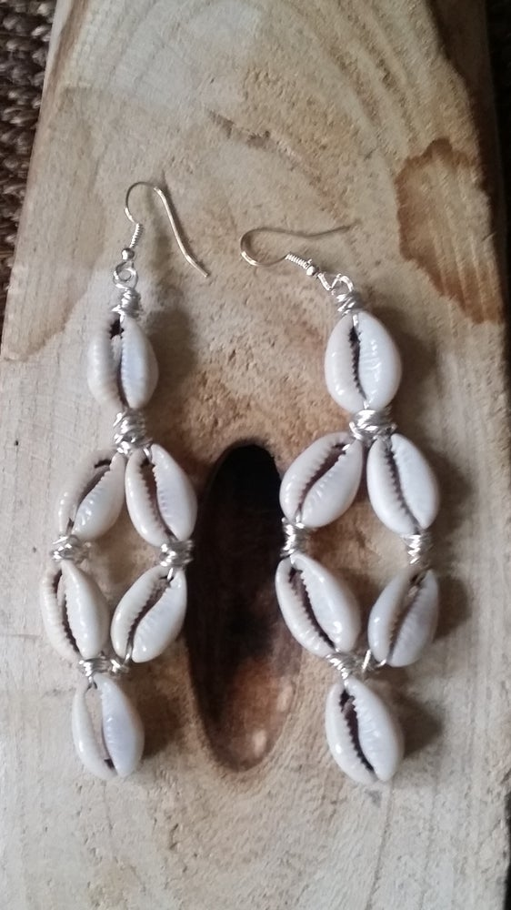 Image of 6 Pronged Cowrie Shell Ear-Rings