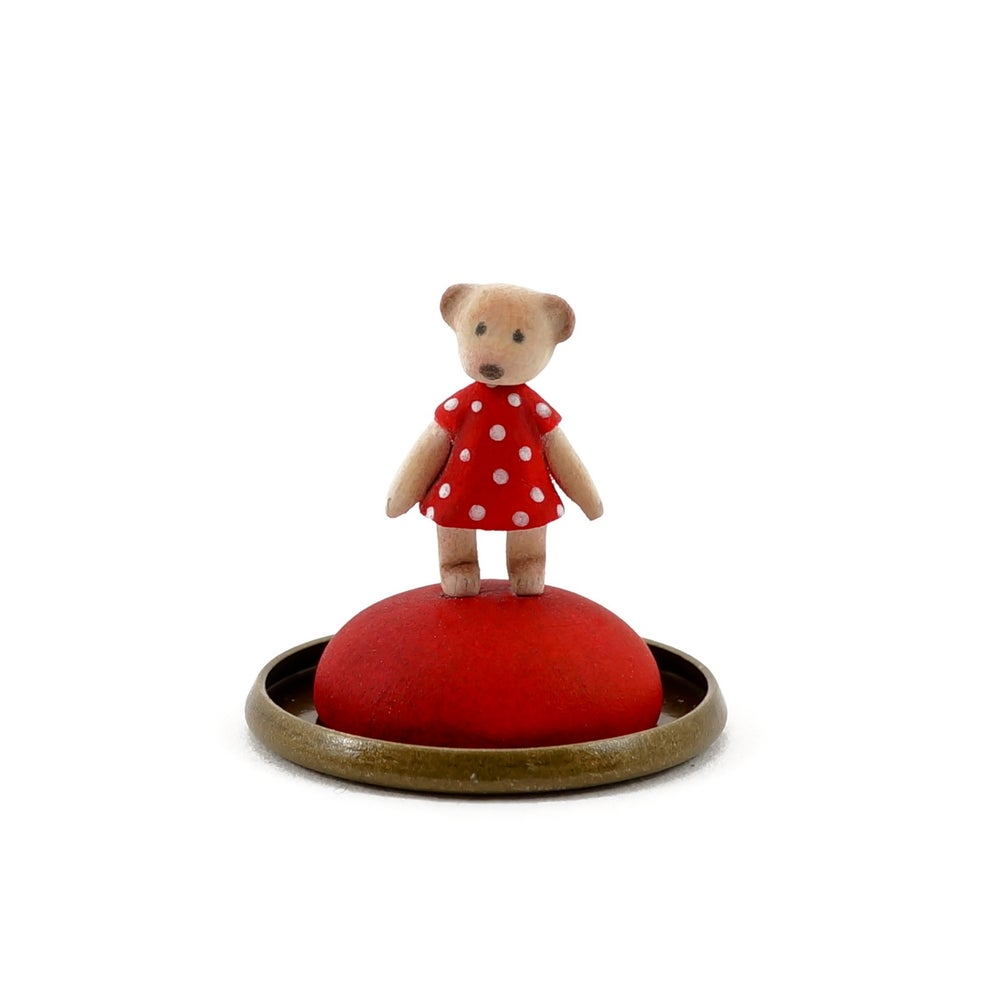 Image of Dorimu Miniature Teddy Bear in glass dome (#12)