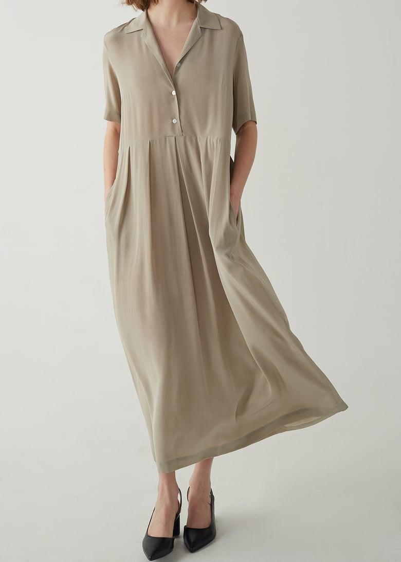 Image of 13-3 ORGANIC SHORT SLEEVE DRESS