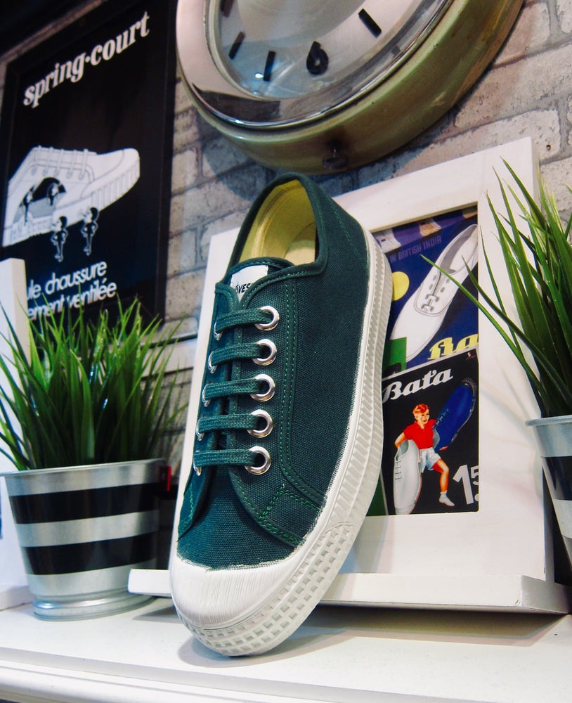 Image of Novesta master canvas sneaker shoes made in Slovak