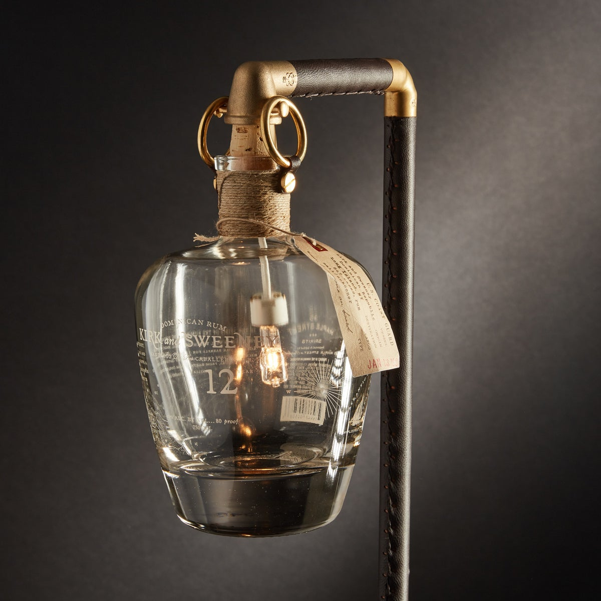 "Image of ""Sweeny"" Table Lamp"