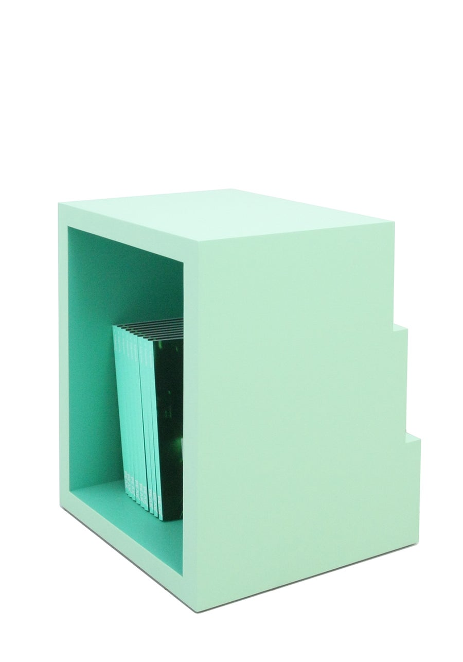 Image of E - Buchstabenhocker / letter stool