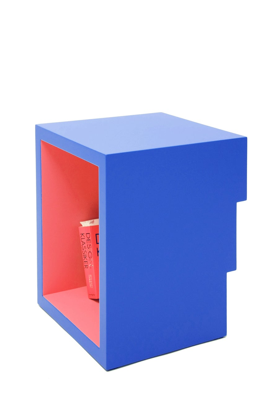 Image of F - Buchstabenhocker / letter stool