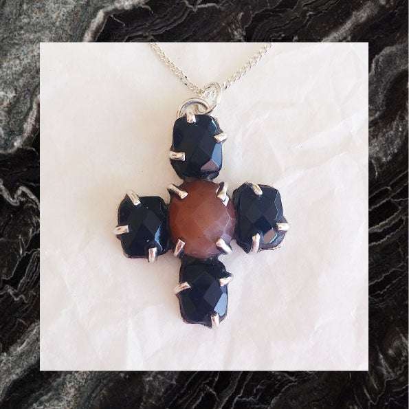 Image of MEDAILLE TALISMAN onyx