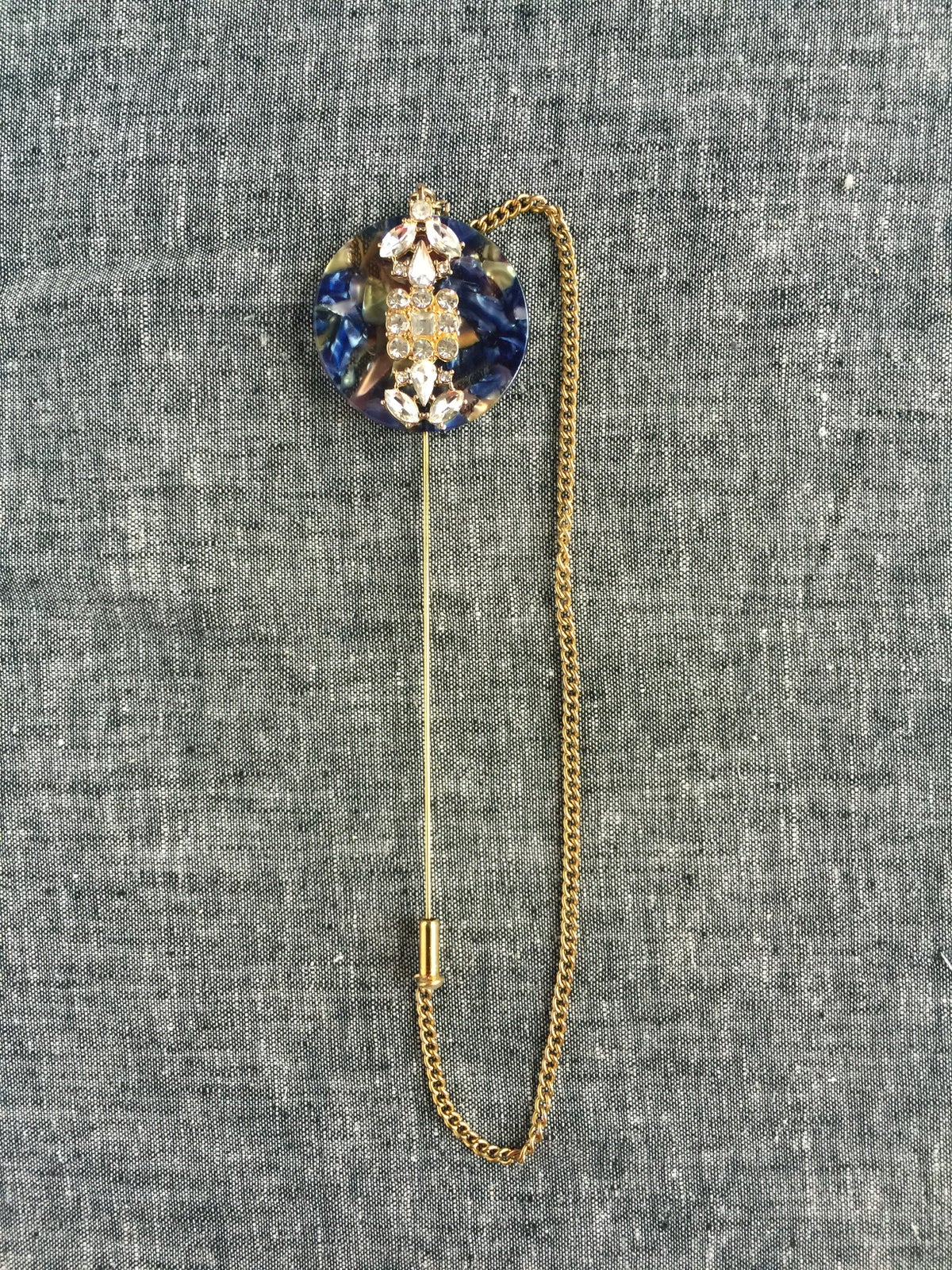Image of Avery Lapel Pin (blue)