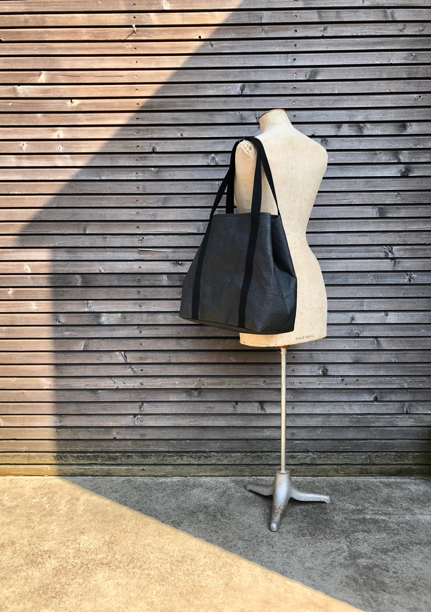 Image of Vegan large tote bag in black Piñatex™ office tote laptop tote bag COLLECTION UNISEX