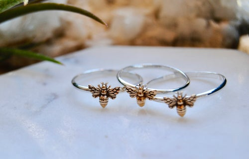 Image of Sterling silver bee ring