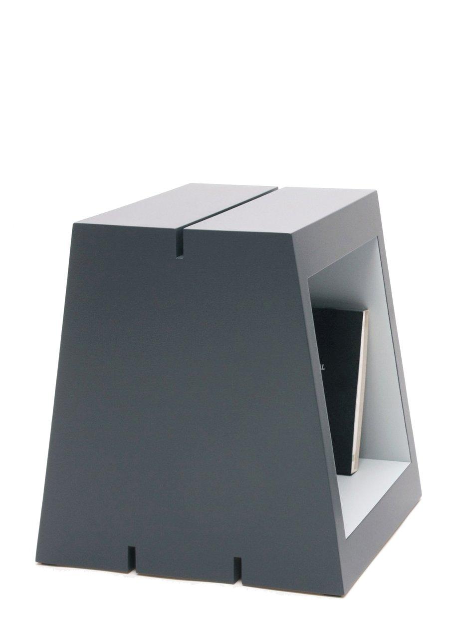 Image of M - Buchstabenhocker / letter stool