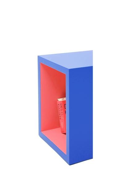 Image of Öffnung - Buchstabenhocker / Opening - letter stool