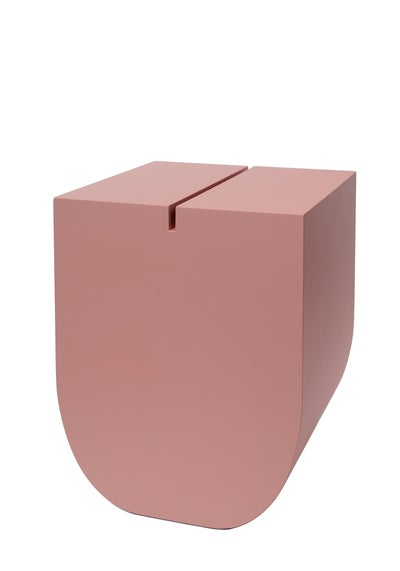 Image of U - Buchstabenhocker / letter stool