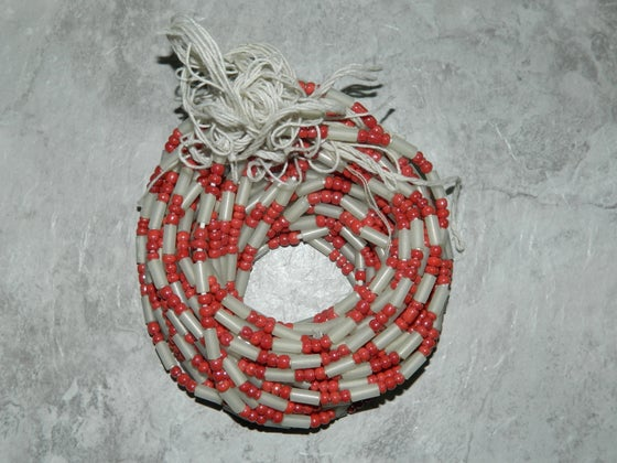 Image of Burghundy and White Tie Waistbead