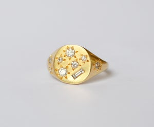 Image of Diamond Treasure ring