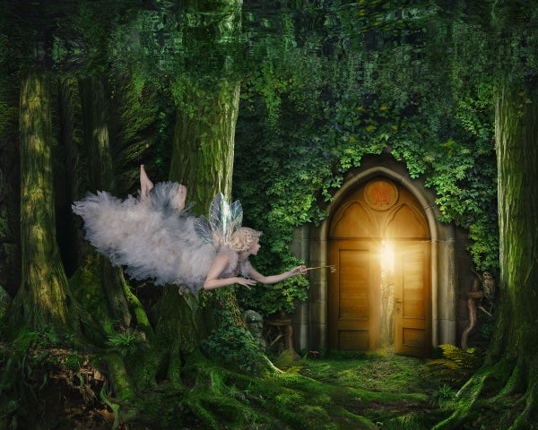 Image of Queen of the fairies Mab and the gate to the Waterland