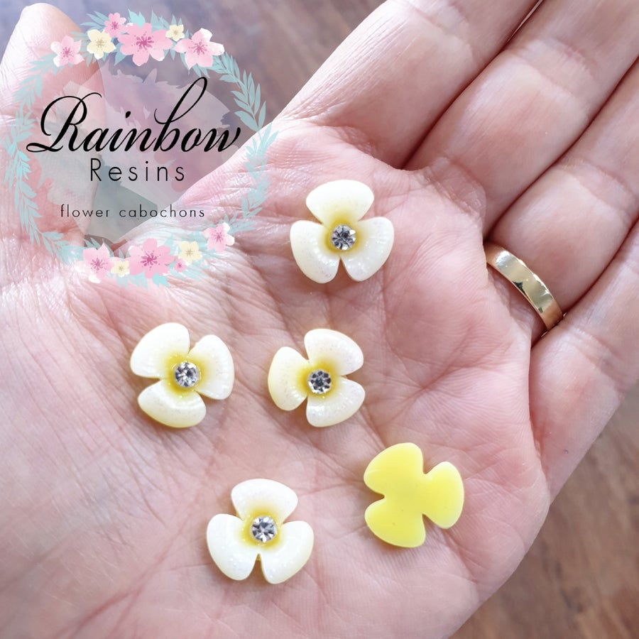 Image of Pale yellow petunias with glitter and diamantes x 10
