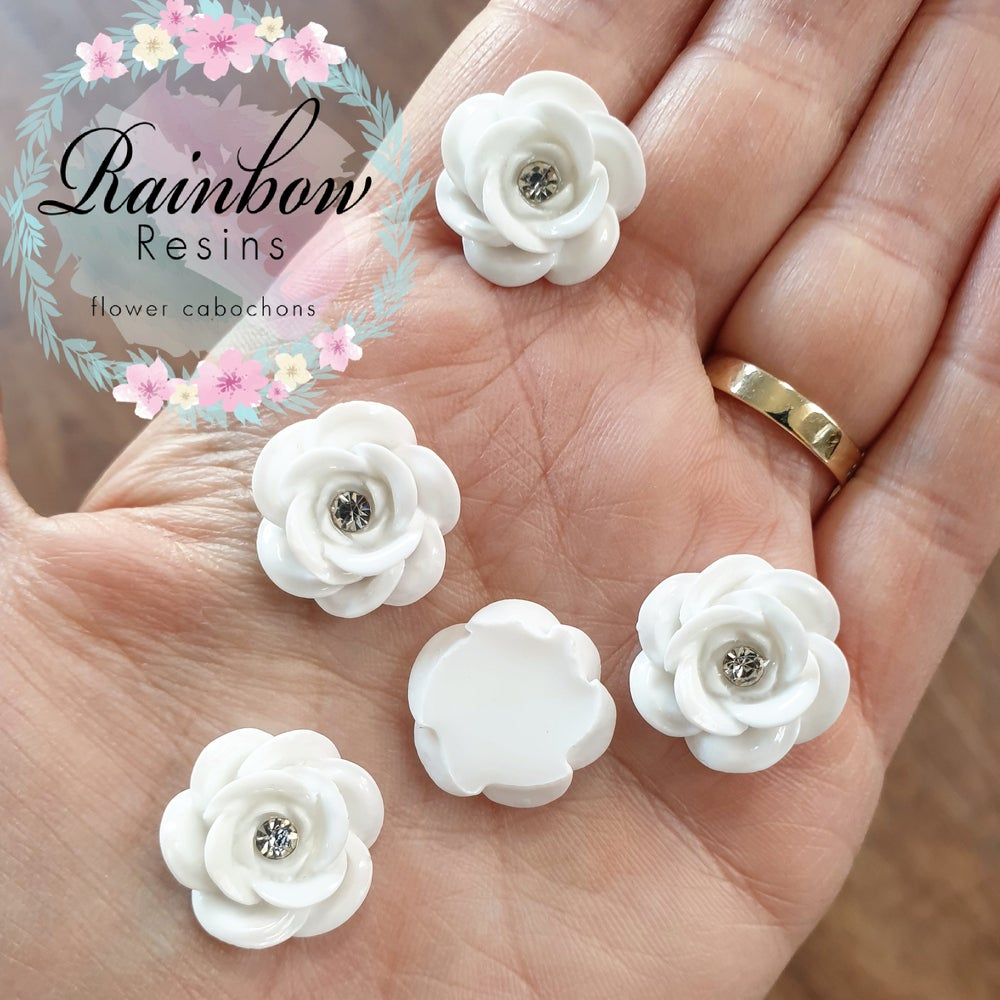 Image of White wild roses with diamantes x 10