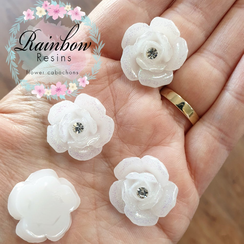 Image of White super sparkly roses with diamantes x 10
