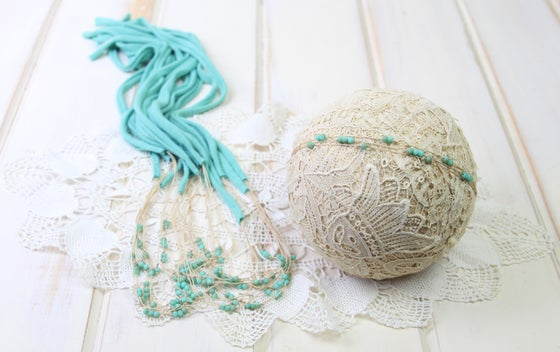 Image of Seafoam Beaded Tieback with Jersey Ends