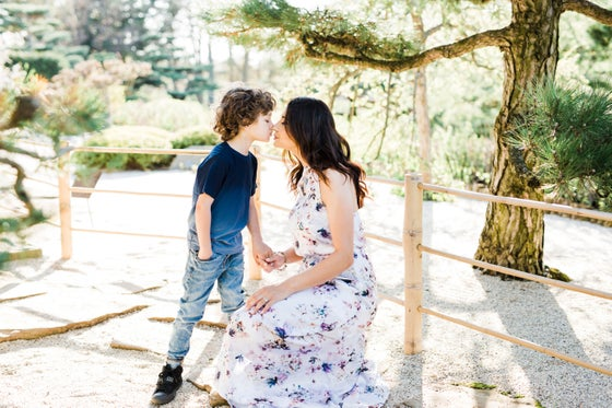 Image of $150 | MOMMY & ME MINI SESSION APRIL 6TH
