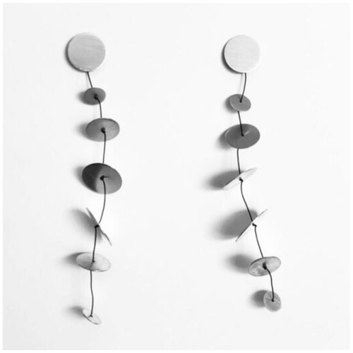Image of Arracades Calder llargues. Pendientes Calder largos.