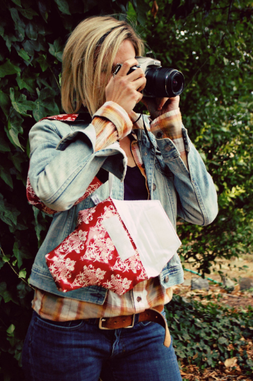 Image of Camera Bag Mother's Day 2019   Cute Red Damask Cotton Laminate Camera Coat   Water Resistant
