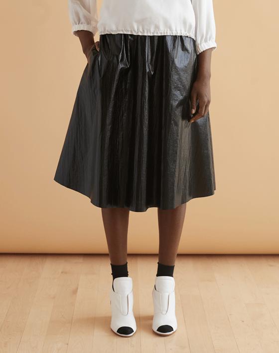Image of Oakley skirt in obsidian