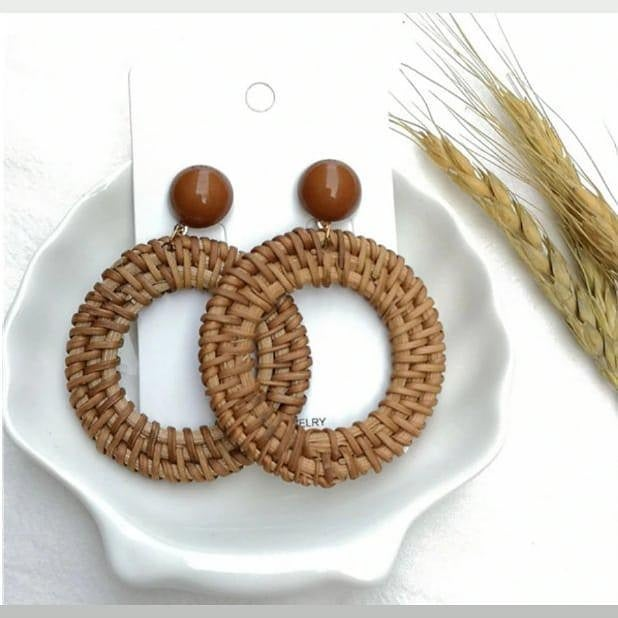 Image of STRAW WOVEN HOOP - EARRINGS
