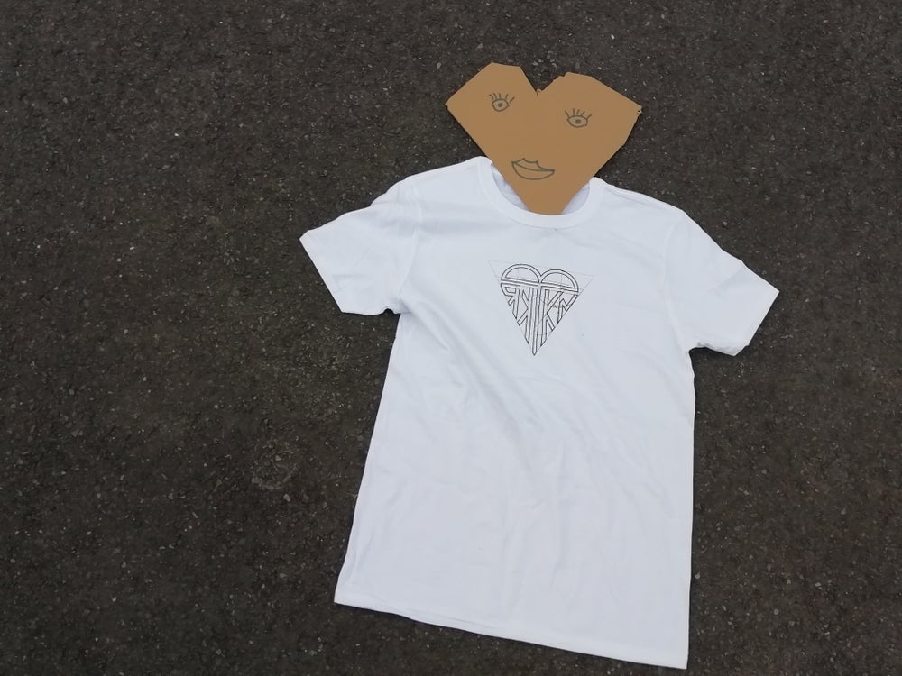 "Image of T-SHIRT ""BLACK HEART"" WHITE"