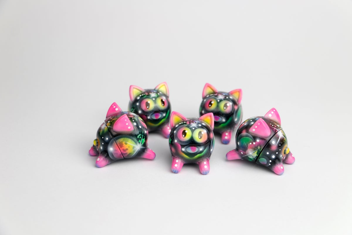 Image of Zukaty Custom Space Konatsuya Cat Daruma