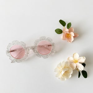 Image of Flower Sunnies - Neutrals