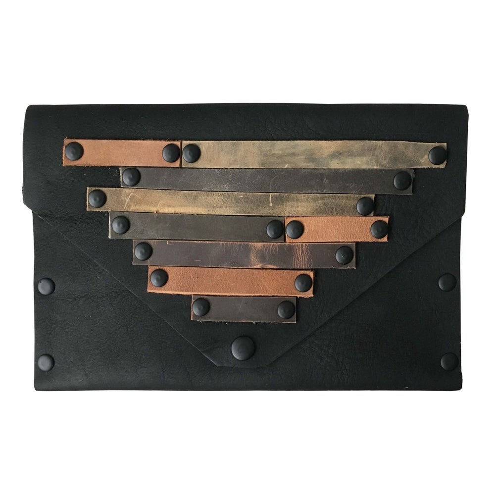 Image of Strata Clutch