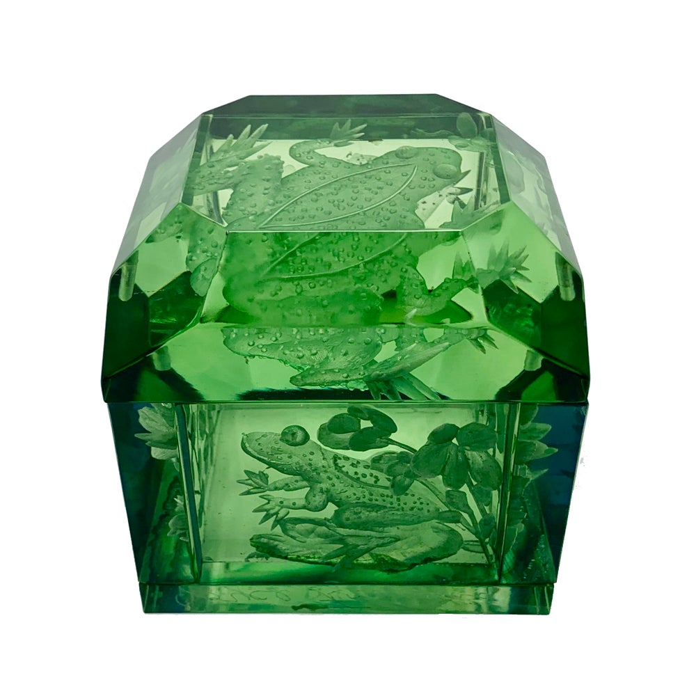 Image of Jumbo Mini Lucite Frog Box