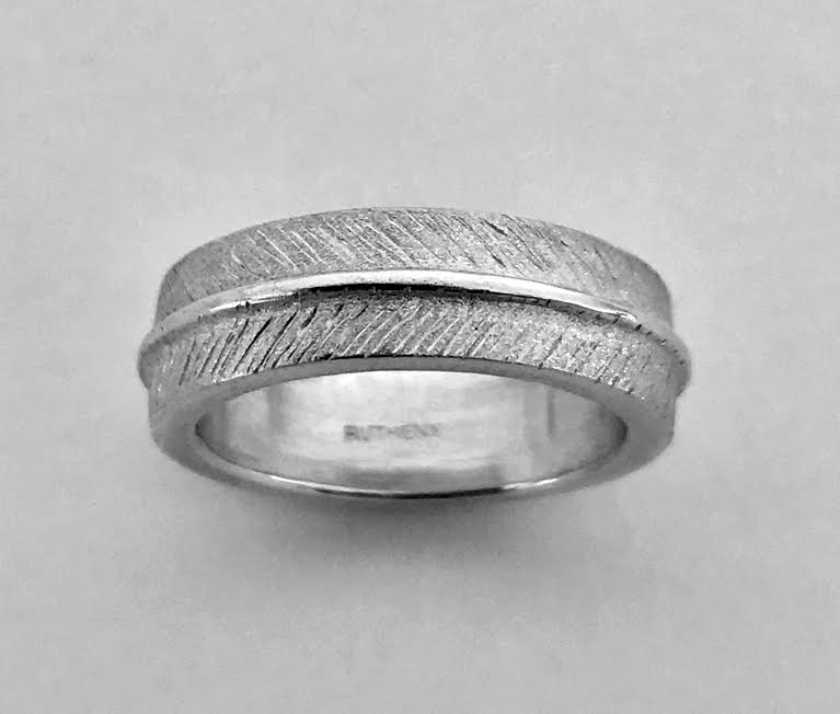 Image of Feather Texture Ring