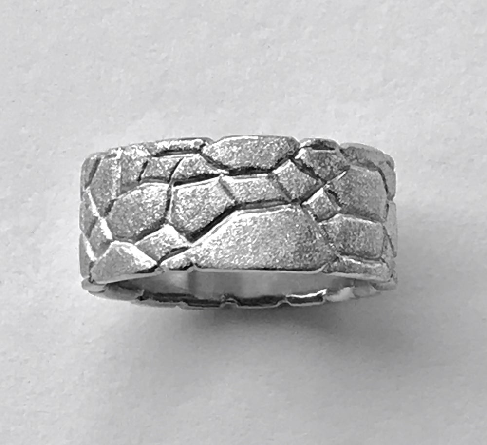Image of Reptile Ring