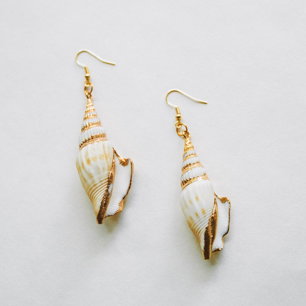 Image of The Conch Earrings