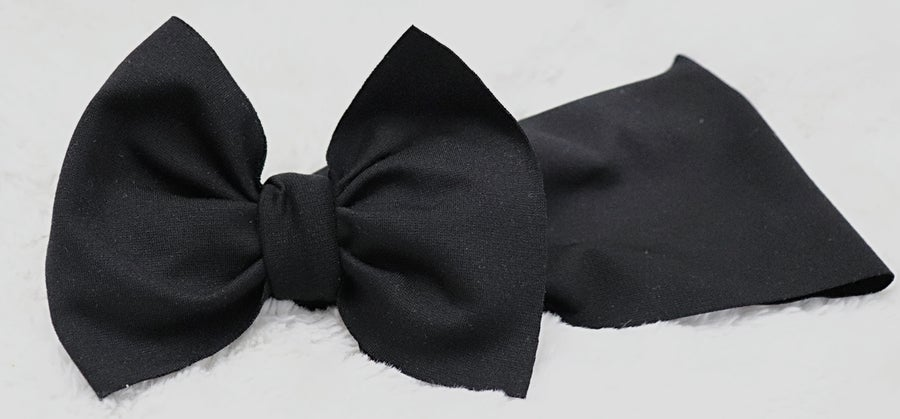 Image of Black bow