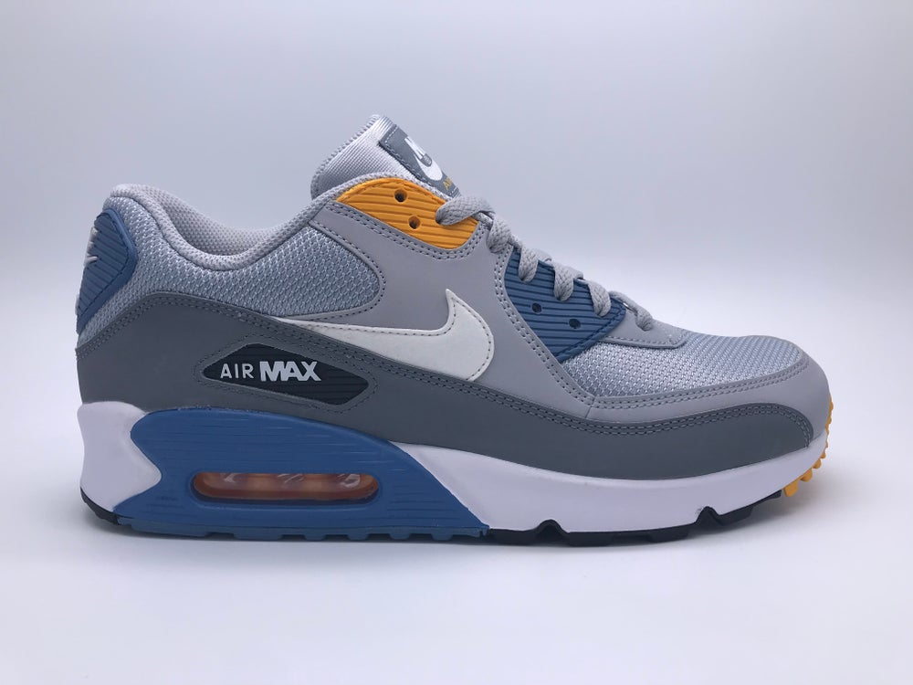 new concept 8bdbb 84dcc Image of NIKE AIR MAX 90 ESSENTIAL