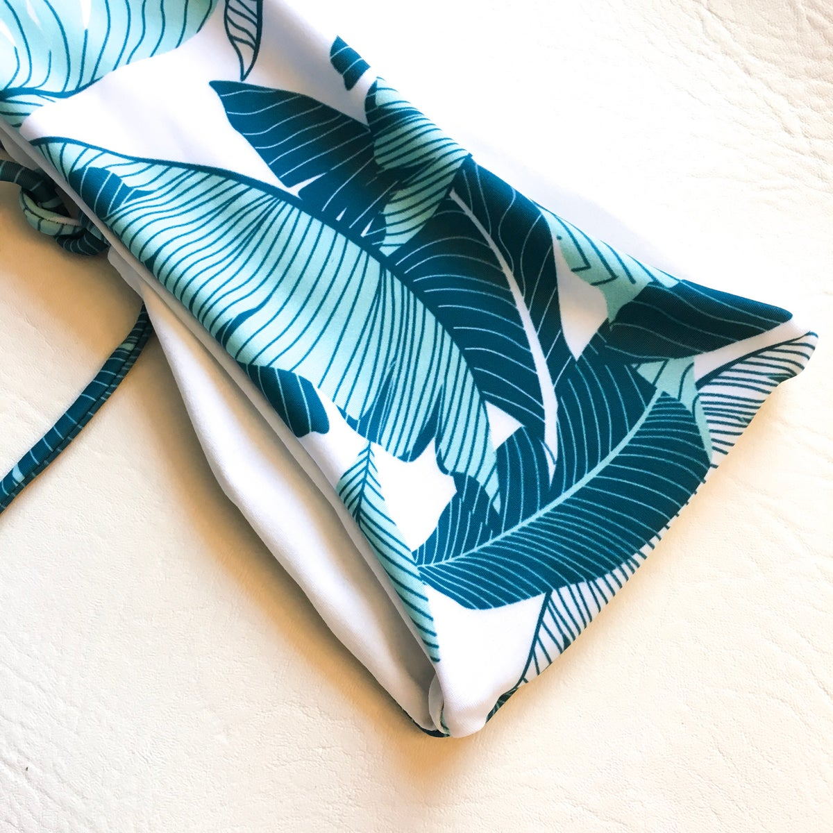 Image of VICKY BANDEAU : BLUEWATER PALM x WHITE