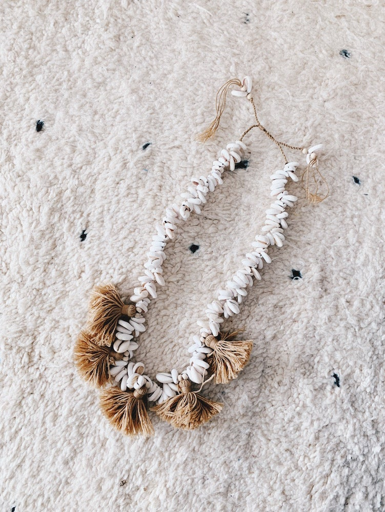 Image of Statement Shell Necklace