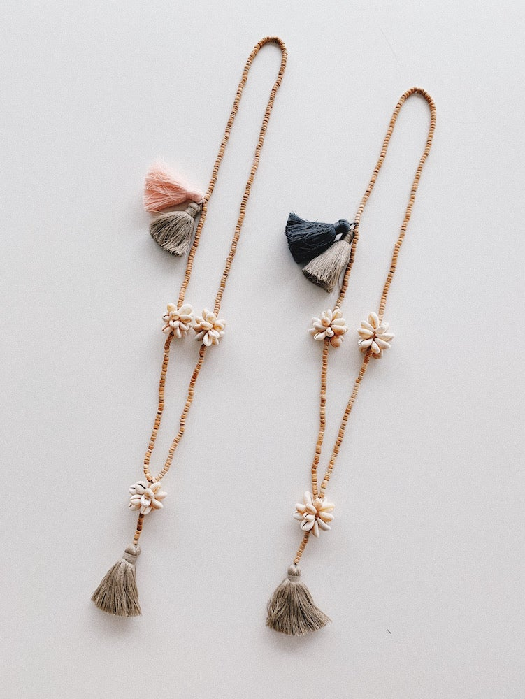 Image of Tassel and Flower Shell Necklace