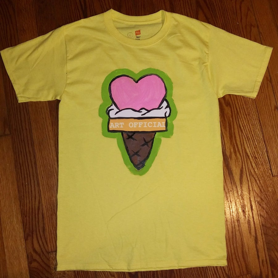 Image of Woman's Yellow ColdheARTed Tee