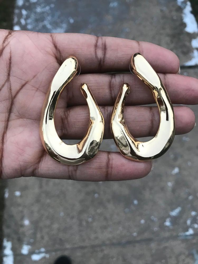 """Image of """"Lynette"""" earrings"""
