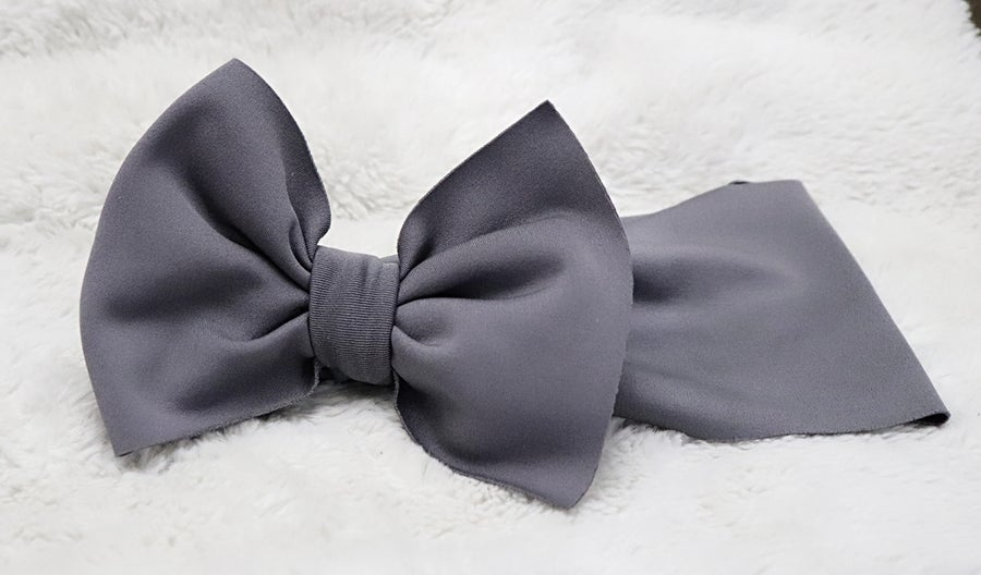 Image of Charcoal bow