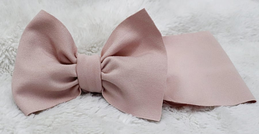 Image of Crepe bow