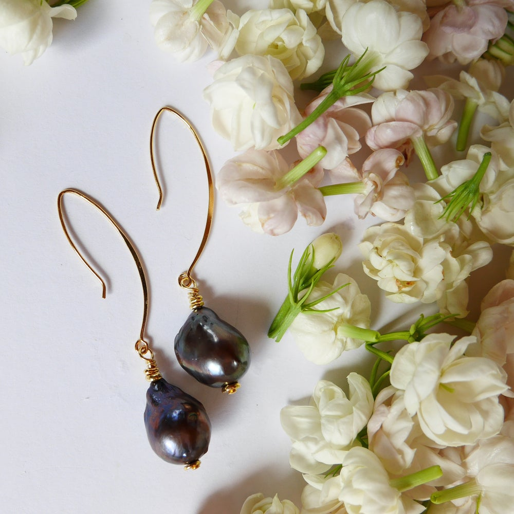 Image of Panama Earrings (black pearl)