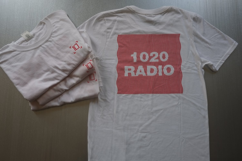 Image of Wavey White & Red Short Sleeve T-Shirt