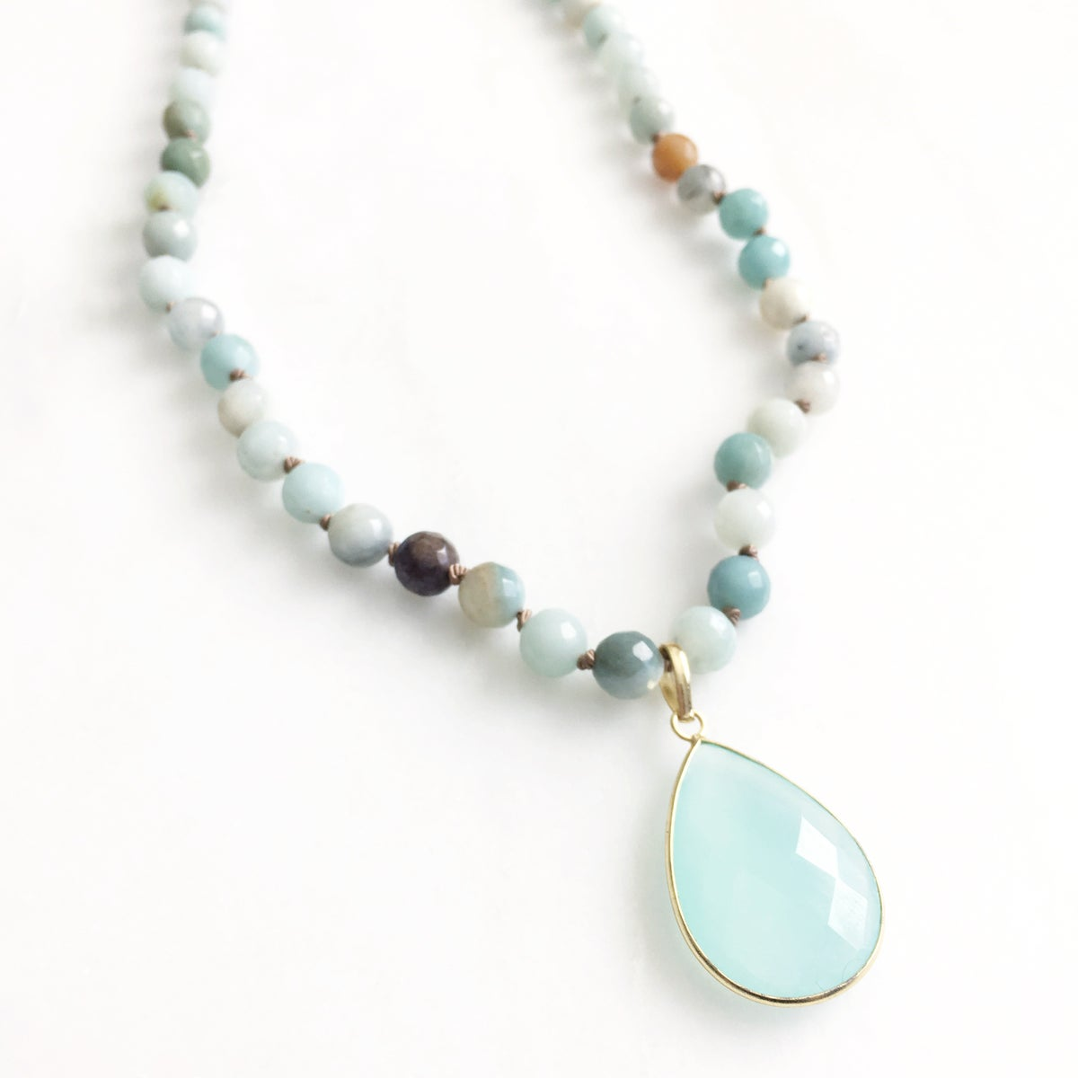 TenThings. COVE. Amazonite with Aqua Chalcedony. Necklace. N-8AMCOVE